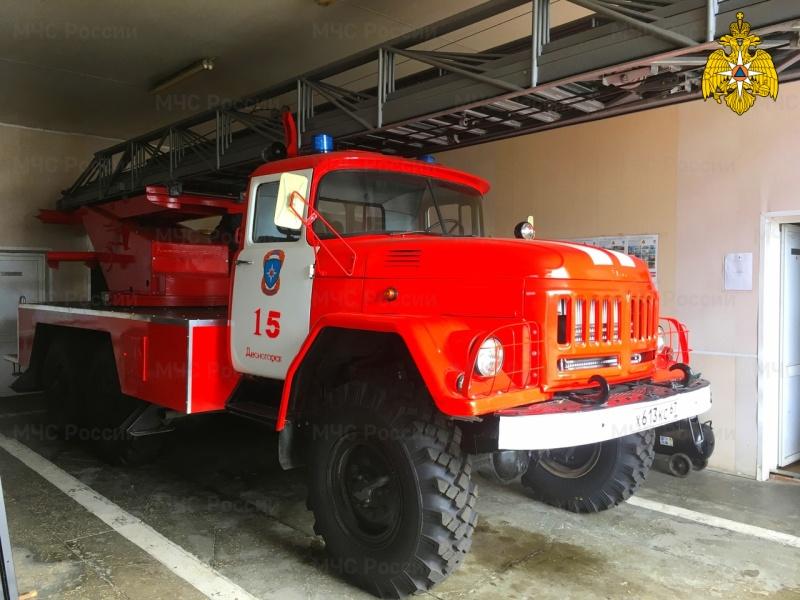 В Десногорске пожарные спасли пенсионера из задымленной квартиры