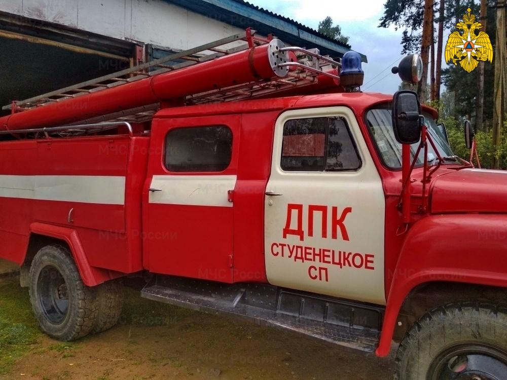 Смоленских добровольцев за неделю 15 раз привлекли к тушению пожаров