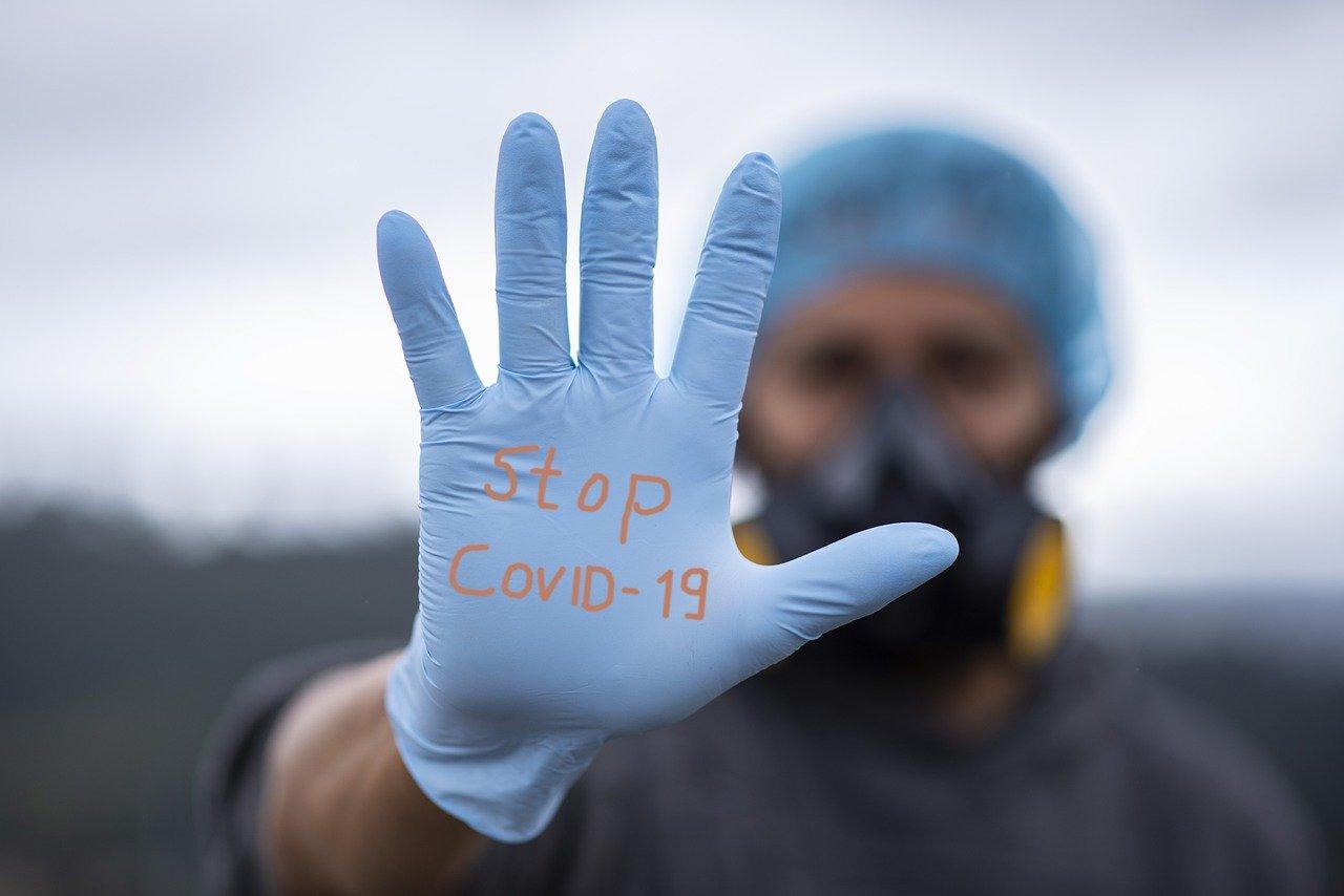 В 17 районах Смоленской области выявили новые случаи COVID-19